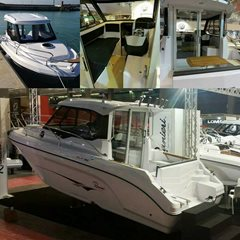 25ft RANIERI CLF25 Cabin Luxury Fisher Powered by MERCURY