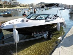 19ft FIBRAFORT STYLE i9 Bow Rider Powered by Mercury